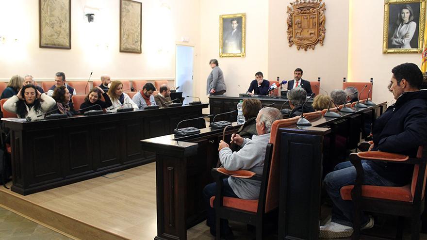 Presentación en el Ayuntamiento de Utrera de los resultados arqueológicos. | JUAN MIGUEL BAQUERO