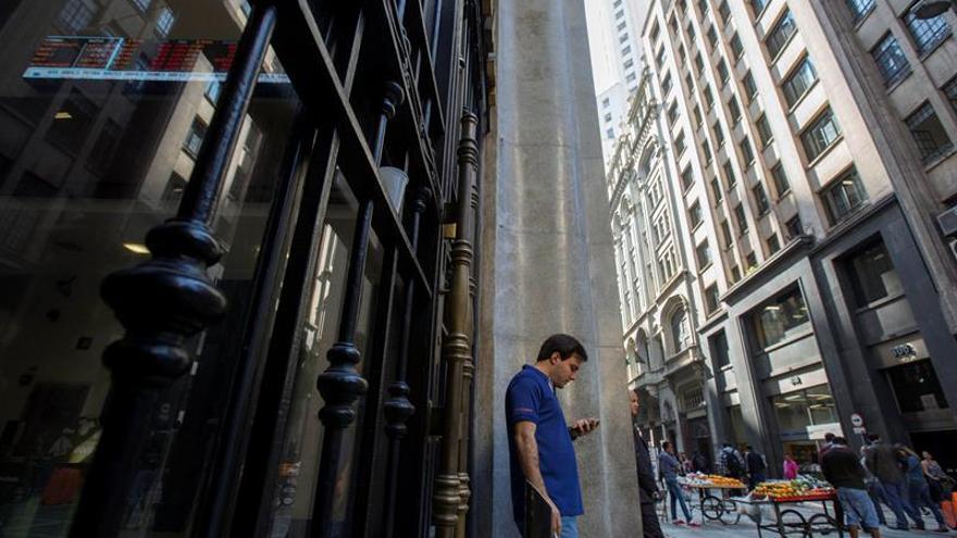 La bolsa de Sao Paulo comienza el día con ganancias y sube un 0,51 %
