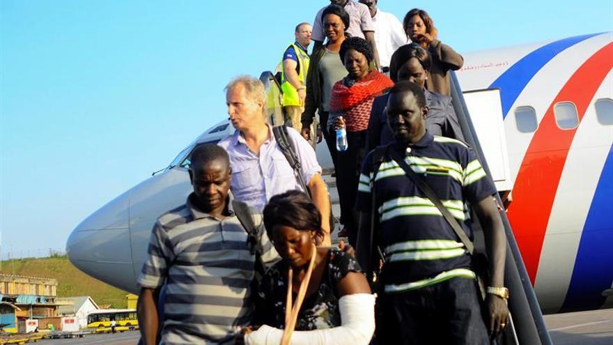 Llegan a la India 156 evacuados de Sudán del Sur tras el estallido de violencia