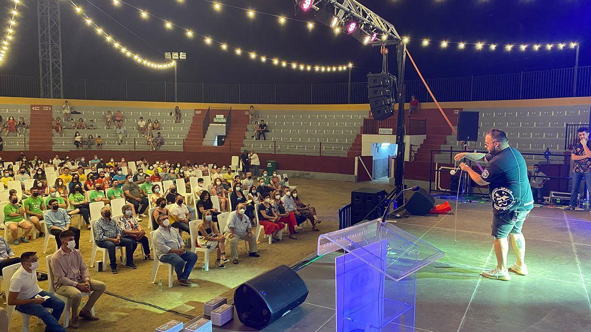 Un momento de la gala inaugural de las Olimpiadas Rurales en Añora.