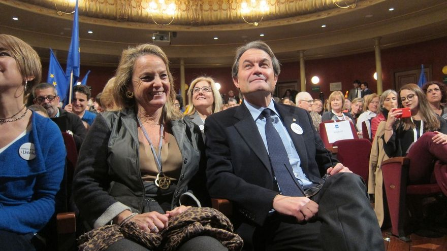 """Mas augura el pacto entre Junts pel Sí y la CUP aunque admite que la negociación se ha """"liado"""""""