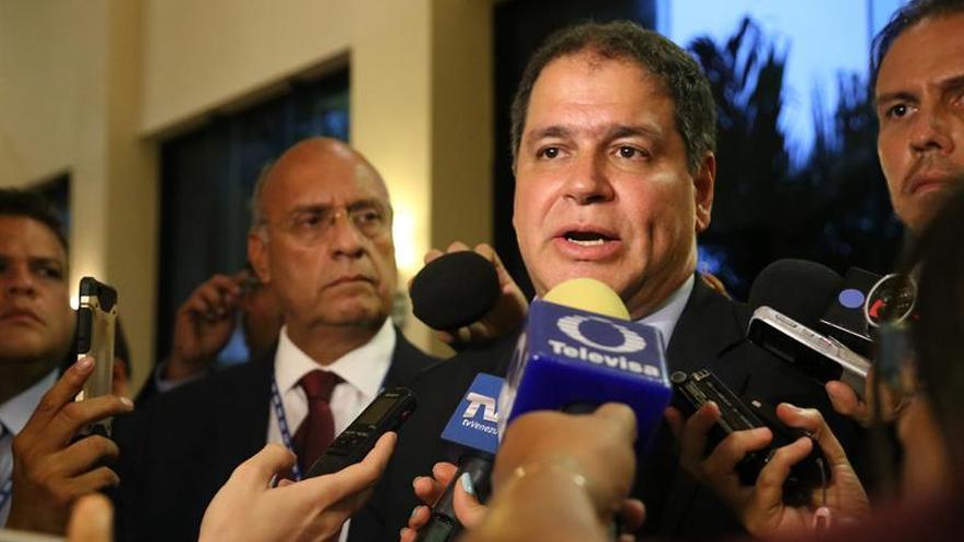El Parlamento venezolano pide a los países no reconocer el resultado de la Constituyente