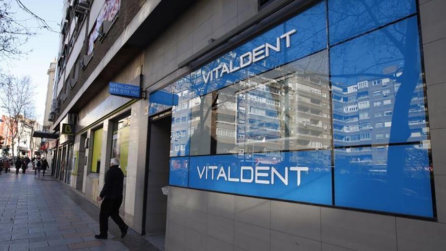 Vitaldent, pioneros en la franquicia dental, suma 450 clínicas desde 1991