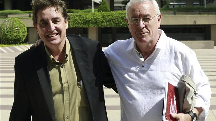 García Montero arremete contra Rivera por pedir la disolución de los partidos tradicionales