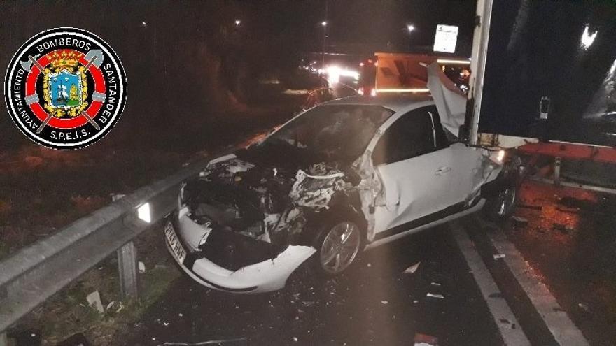 Cuatro heridos y varios km de retenciones en un accidente en la S-10 en Heras