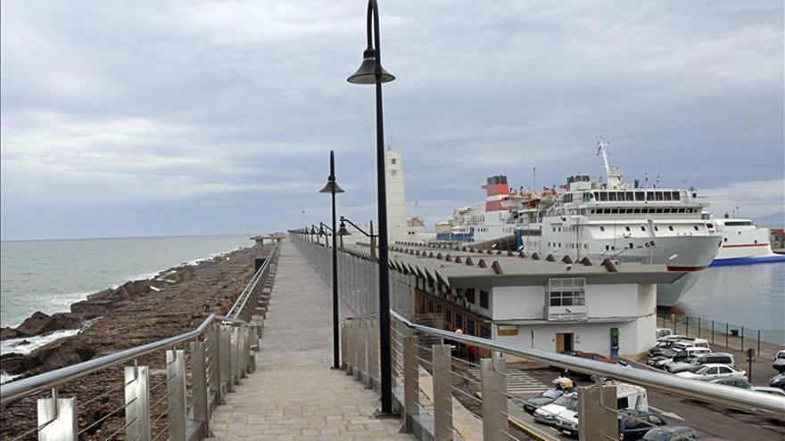 Una imagen de archivo del puerto de Melilla.