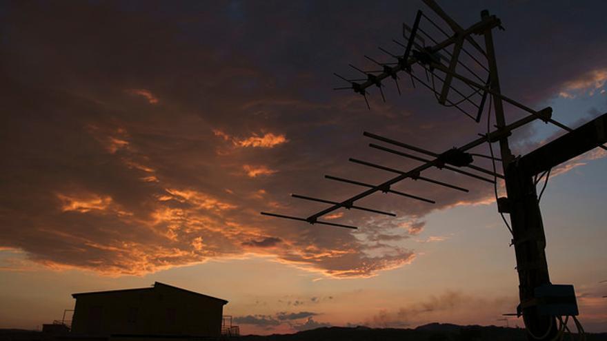 La transmisiones de la TDT tienen asignadas las frecuencias entre 470 y 862 MHz