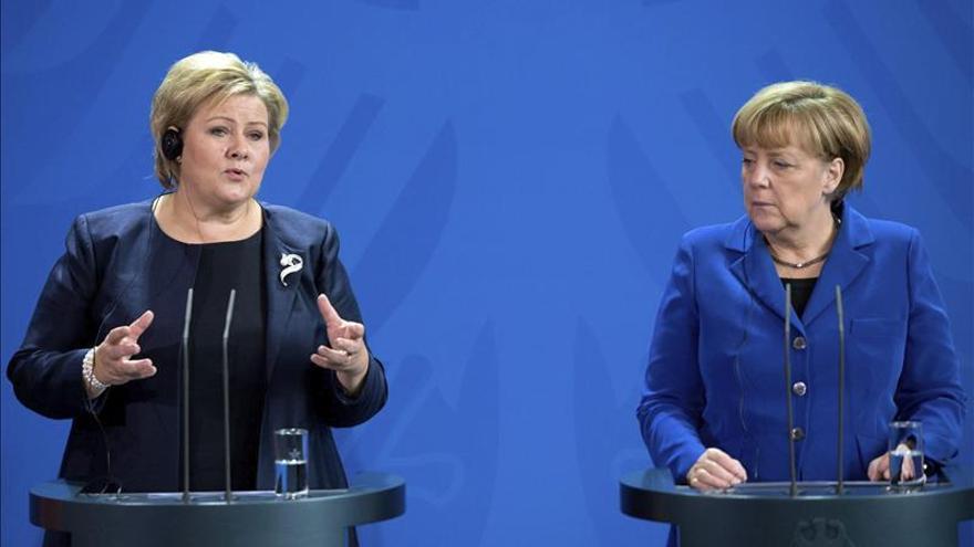 Merkel confía en un cambio de actitud en EEUU con debate sobre el espionaje