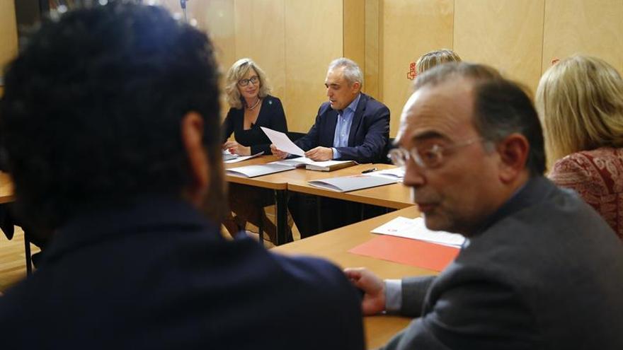 El PSOE y los sindicatos coinciden en volver a revalorizar las pensiones con el IPC