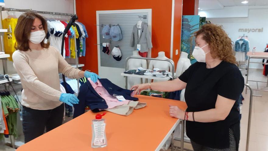 el pequeño comercio ya ha podido abrir con medidas sanitarias