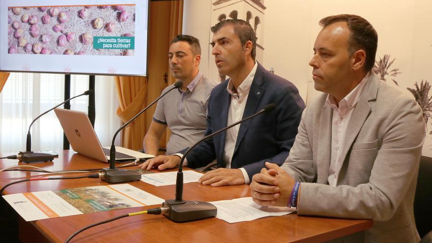 Rueda de prensa para la presentación del nuevo servicio de acceso a tierras de cultivo