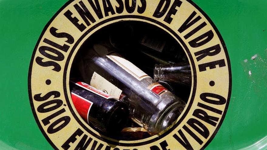 Ecovidrio invertirá 330 millones euros para reciclar el 77 % del vidrio en 2020