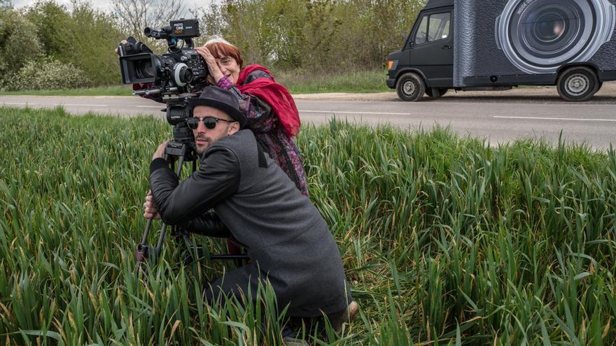 En el viaje ambos cineastas han forjado una bonita amistad