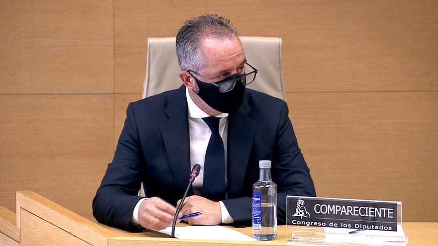 El comisario Andrés Gómez Gordo durante su comparecencia en la comisión 'Kitchen' del Congreso de los Diputados