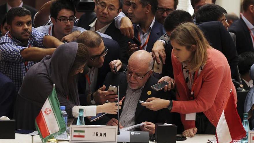 Irán y Arabia Saudí diluyen las expectativas sobre un acuerdo en Argel sobre el precio del petróleo