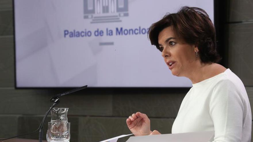 S.Santamaría comparecerá en Moncloa para responder a la carta de Puigdemont