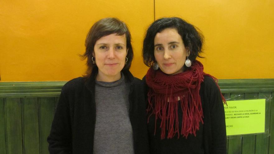 Virginia Pedrero Boceta y María González Reyes, autoras de 'Historias que capturan estrellas' en Bilbao.
