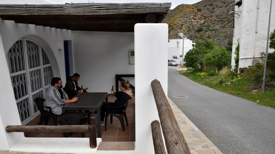 Los viajes de residentes en España cayeron un 47,8 % en primer trimestre