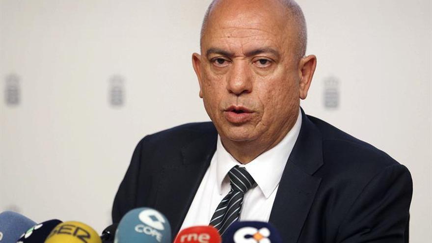 El viceconsejero de Educación y Universidades del Gobierno de Canarias, Juan Manuel Santana.  EFE/Cristóbal García