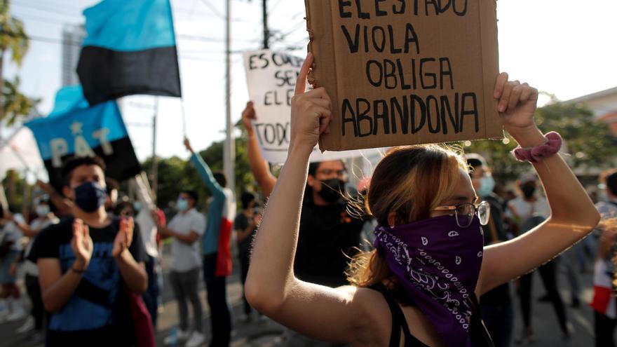 """Claman """"ayuda"""" para los menores violados y abusados en albergues de Panamá"""