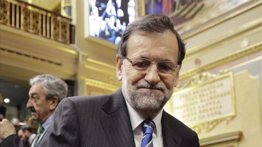 Rajoy asegura que se gasta en desempleo tanto como en todos los ministerios