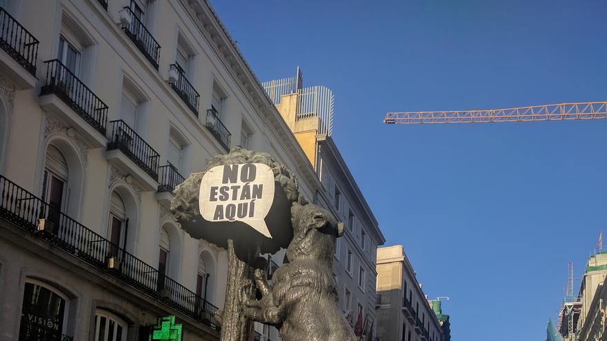 Detalle de la concentración en Madrid a favor de los refugiados