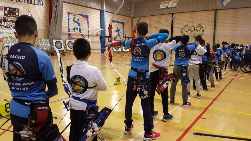 Masiva participación en los Campeonatos de Andalucía de tiro con arco en sala