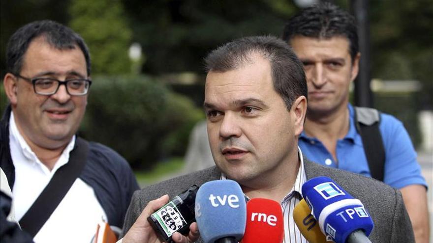 UGT Asturias tramitará la expulsión de militancia de Fernández Villa
