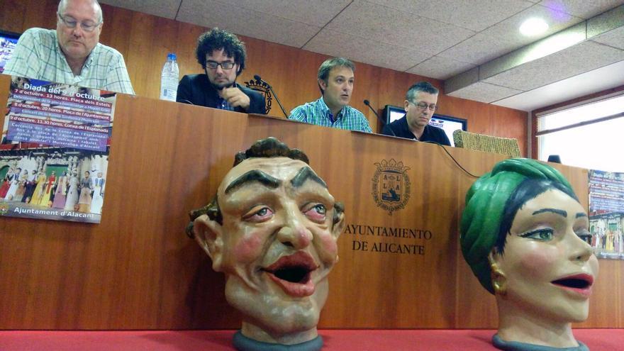 Un momento de la presentación de la programación del 9 d'Octubre por parte del Ayuntamiento de Alicante