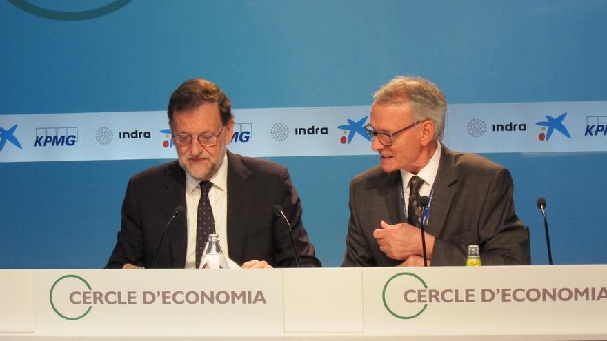 """Rajoy se ofrece a hablar de todo con Puigdemont pero no """"liquidará la soberanía"""""""