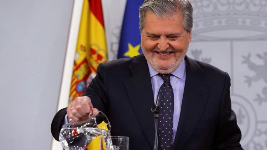 El portavoz del Gobierno y ministro de Cultura, Íñigo Méndez de Vigo, en la rueda de prensa del Consejo de Ministros.
