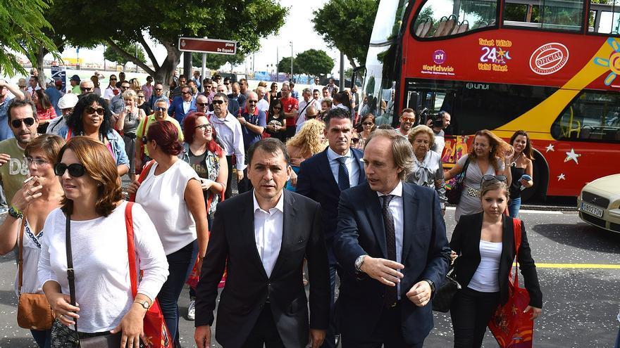 El alcalde José Manuel Bermudez presentó la nueva iniciativa turística en la plaza de La Candelaria