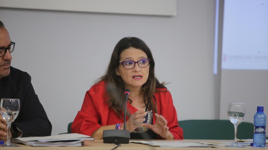 La vicepresidenta del Consell, Mónica Oltra, en la presentación del estudio sobre la renta de inclusión