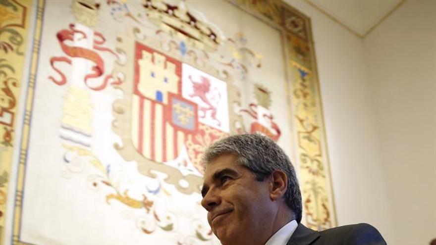 """Homs lamenta la """"pelea"""" en el PSOE que impide construir una alternativa"""