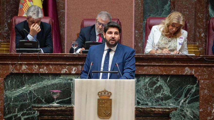 Fernando López Miras, presidente de Murcia y candidato para la nueva legislatura, durante la sesión de investidura