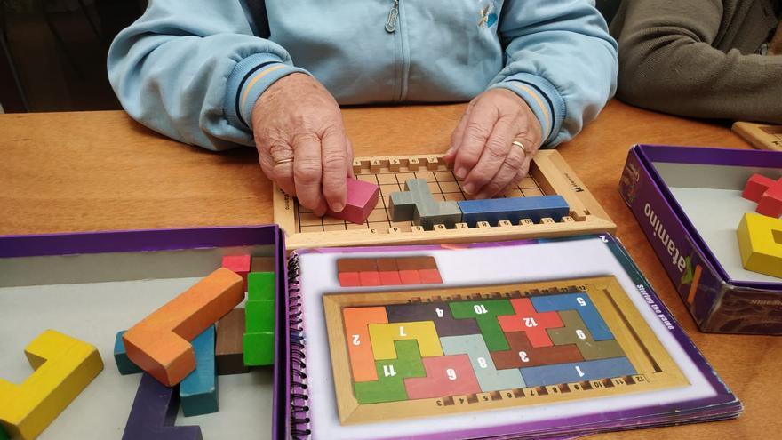 Con la actividad 'Aprender jugando' también se ejercita la memoria y se fomenta el trabajo en equipo.