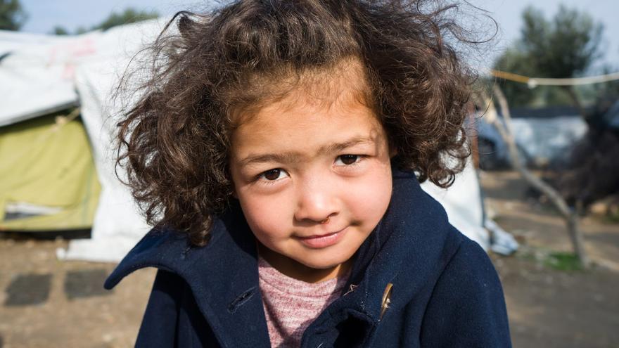 Niña en el campo de refugiado de Moria, Lesbos/ PALOMA COMUÑAS