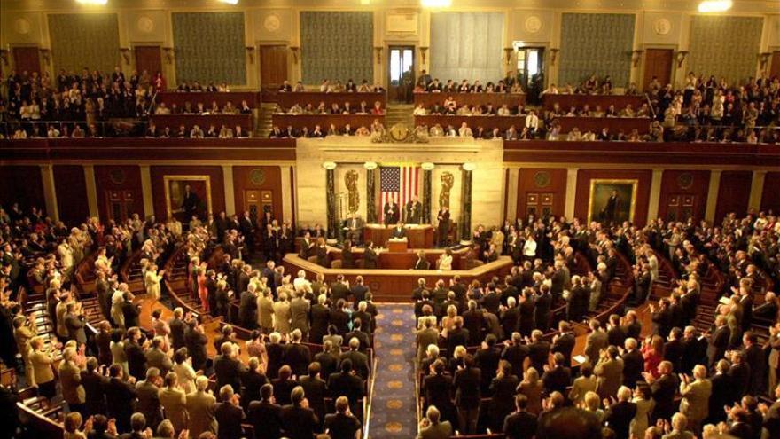 El Congreso de EEUU aprueba plan presupuestario para eliminar el déficit
