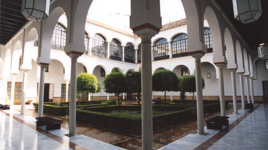 Patio del Parlamento de Andalucía |Foto: Parlamento