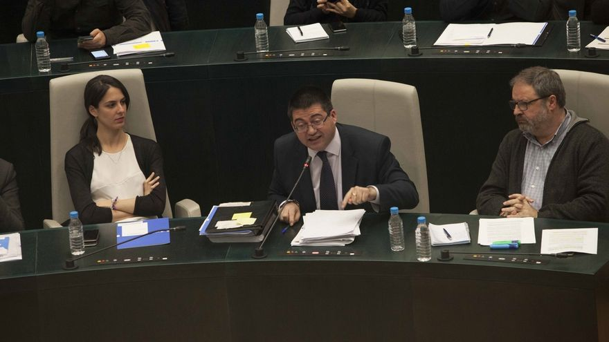 Botella no acude a la comisión del ayuntamiento de Madrid para investigar la venta de las promociones de la EMVS