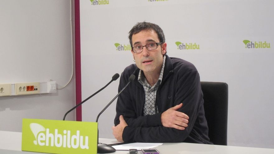 """EH Bildu dice que, más que poner plazos para el desarme de ETA, el Gobierno tiene que """"facilitarlo"""""""