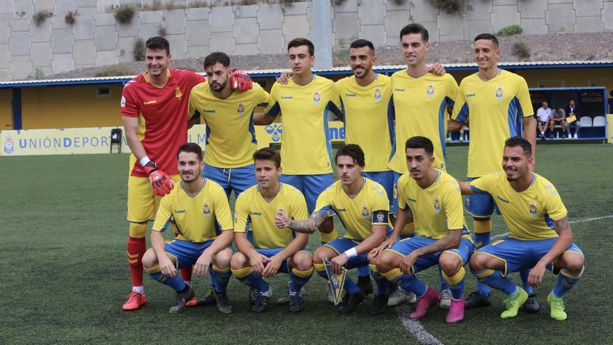 Formación de Las Palmas Atlético en el encuentro ante el filial del Real Oviedo.