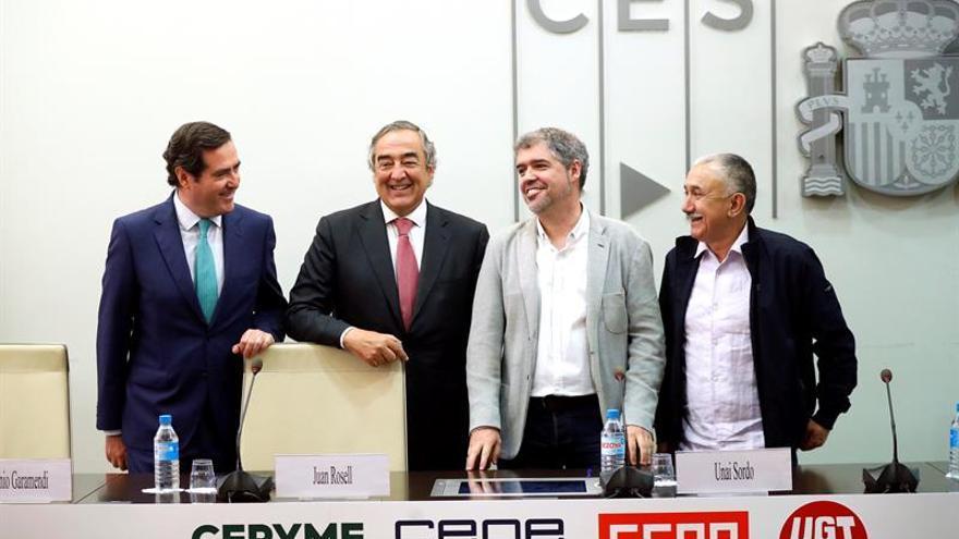 Antonio Garamendi, Juan Rosell, Unai Sordo y Pepe Álvarez, en la firma definidta del el IV Acuerdo para el Empleo y la Negociación Colectiva (AENC).
