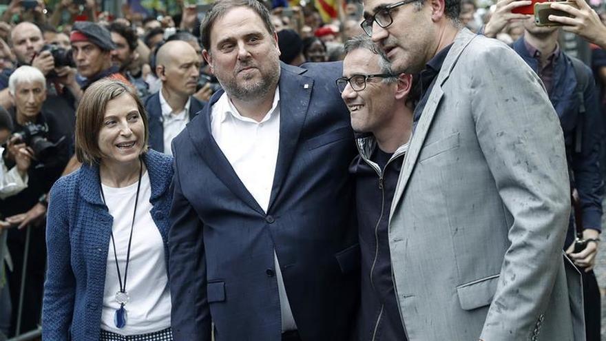 """Junqueras afirma que el relevo de la Sindicatura """"no pone en riesgo"""" el referéndum"""