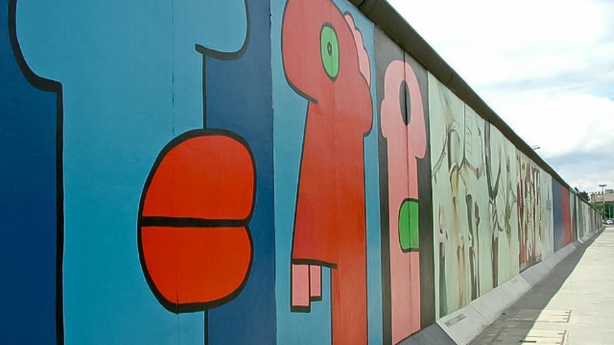 La East Side Gallery, muestra de arte callejero en el antiguo Muro de Berlín. VISITBERLÍN