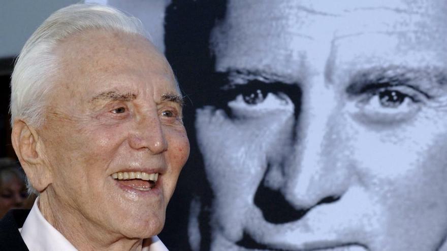 Kirk Douglas, la última gran leyenda de Hollywood dorado, muere a los 103 años