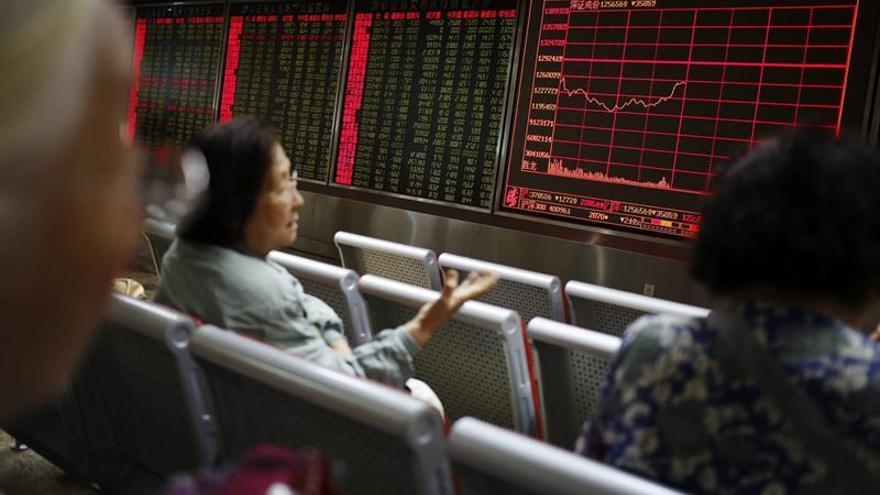 La Bolsa de Shanghái gana un 0,18 por ciento tras su apertura