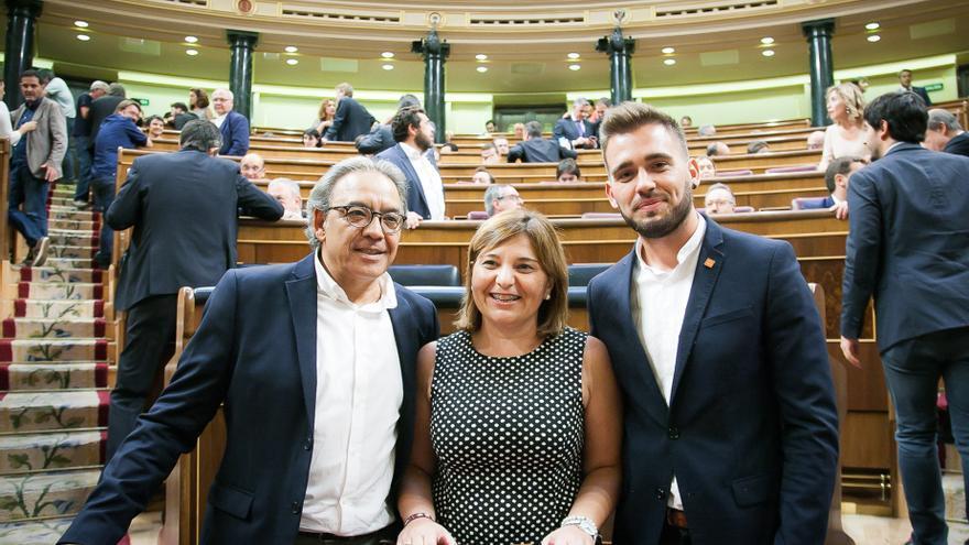 Archivo - Diputados valencianos en el hemiciclo