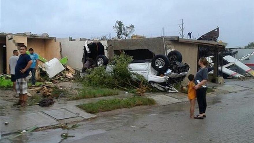 """Un tornado """"atípico"""" causa 13 muertos y numerosos daños en sólo seis segundos en México"""