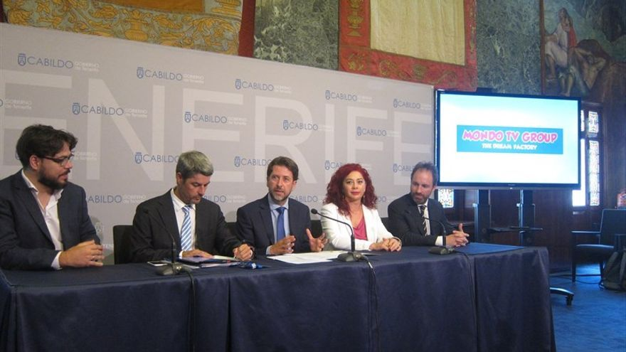 Carlos Alonso, durante la rueda de prensa con Mondo TV en el Cabildo